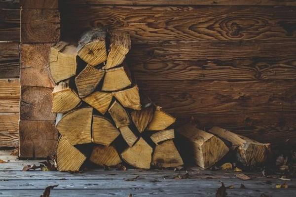wood-1884339_640-compressor
